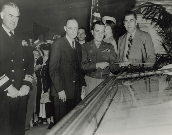 General Mcauliffe Unveiling the German Surrender Documents in the Rotunda of the National Archives, June 6, 1945. Credit: National Archives.