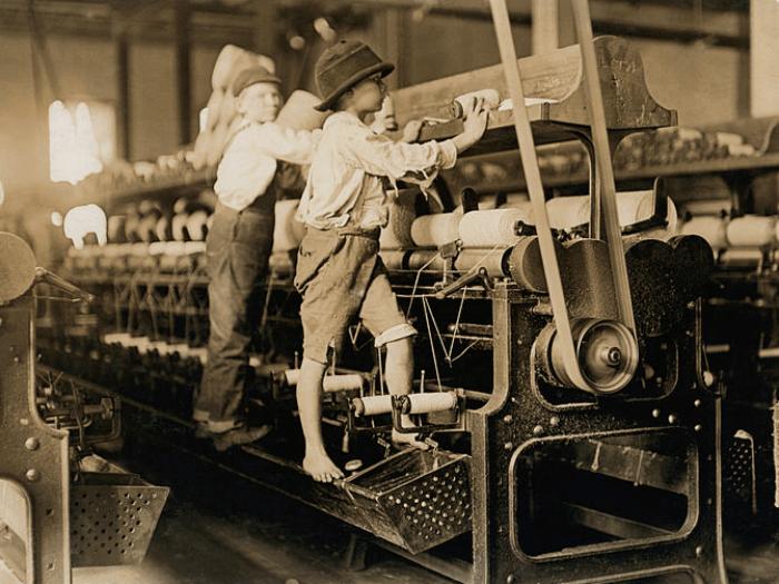 image of children working in factories